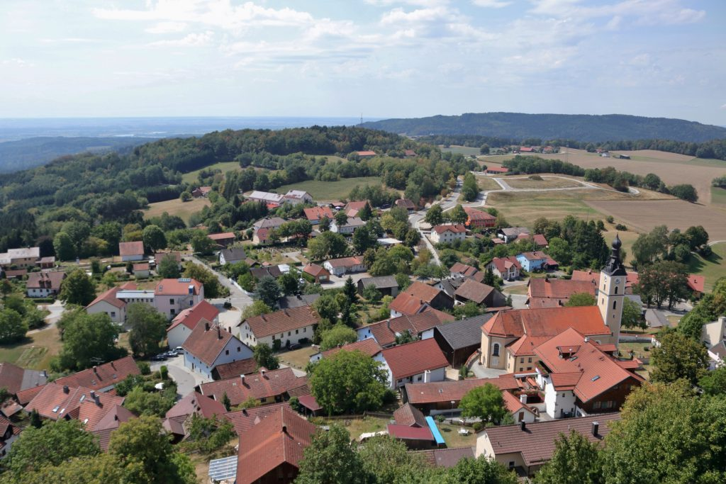 Blick auf Brennberg von der Ruine Brennberg